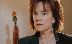 Lyn Scully in Neighbours Episode 5027