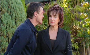 Paul Robinson, Lyn Scully in Neighbours Episode 5027