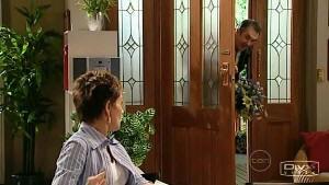 Susan Kennedy, Karl Kennedy in Neighbours Episode 5203