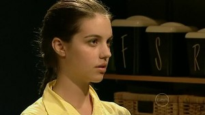 Louise Carpenter (Lolly) in Neighbours Episode 5208