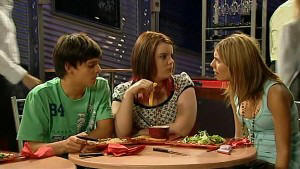 Zeke Kinski, Bree Timmins, Rachel Kinski in Neighbours Episode 5208