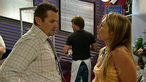Toadie Rebecchi, Steph Scully in Neighbours Episode 5215