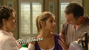 Susan Kennedy, Rachel Kinski, Karl Kennedy in Neighbours Episode 5252