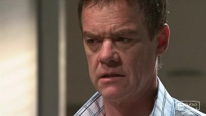 Paul Robinson in Neighbours Episode 5292