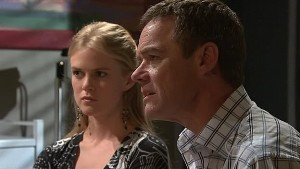 Elle Robinson, Paul Robinson in Neighbours Episode 5292