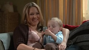 Steph Scully, Charlie Hoyland in Neighbours Episode 5306