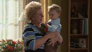 Valda Sheergold, Charlie Hoyland in Neighbours Episode 5306