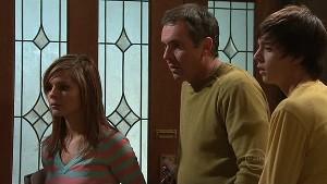 Rachel Kinski, Karl Kennedy, Zeke Kinski in Neighbours Episode 5311