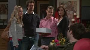 Laura Davidson, Nick Thompson, Paul Robinson, Rebecca Napier, Declan Napier in Neighbours Episode 5311