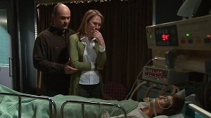 Steve Parker, Miranda Parker, Bridget Parker in Neighbours Episode 5312