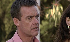 Paul Robinson in Neighbours Episode 5313