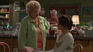 Lou Carpenter, Carmella Cammeniti, Valda Sheergold in Neighbours Episode 5315