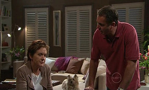 Susan Kennedy, Audrey, Karl Kennedy in Neighbours Episode 5326
