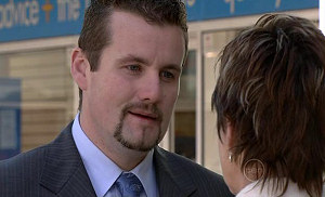 Toadie Rebecchi, Susan Kennedy in Neighbours Episode 5326