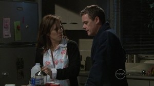 Rebecca Napier, Paul Robinson in Neighbours Episode 5365