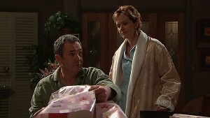 Karl Kennedy, Susan Kennedy in Neighbours Episode 5365