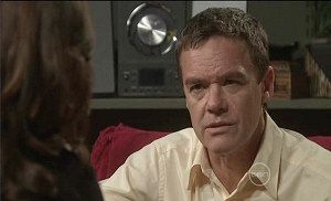 Paul Robinson in Neighbours Episode 5381