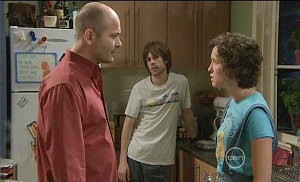 Steve Parker, Riley Parker, Bridget Parker in Neighbours Episode 5381