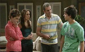 Susan Kennedy, Libby Kennedy, Karl Kennedy, Zeke Kinski in Neighbours Episode 5384
