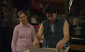 Cathy Martin, Marco Silvani in Neighbours Episode 5384