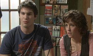 Declan Napier, Bridget Parker in Neighbours Episode 5384