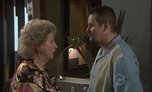 Valda Sheergold, Toadie Rebecchi in Neighbours Episode 5389