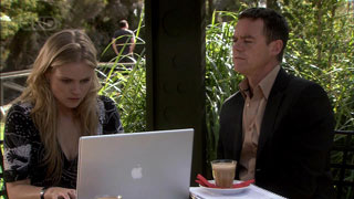 Paul Robinson, Elle Robinson in Neighbours Episode 5393