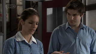 Rachel Kinski, Declan Napier in Neighbours Episode 5395