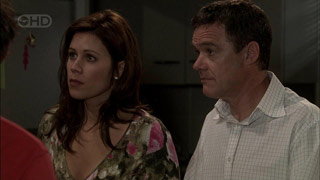 Rebecca Napier, Paul Robinson in Neighbours Episode 5395