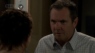 Susan Kennedy, Karl Kennedy in Neighbours Episode 5395