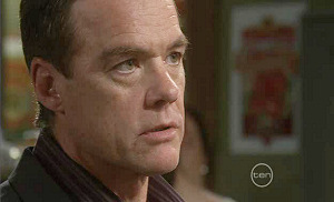 Paul Robinson in Neighbours Episode 5399