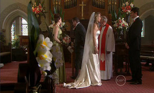 Libby Kennedy, Toadie Rebecchi, Steph Scully, Reverend Keith Illingworth, Frazer Yeats in Neighbours Episode 5401