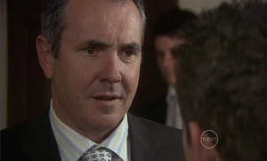 Karl Kennedy, Frazer Yeats, Toadie Rebecchi in Neighbours Episode 5401