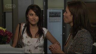 Carmella Cammeniti, Rebecca Napier in Neighbours Episode 5403