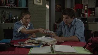 Rachel Kinski, Declan Napier in Neighbours Episode 5404