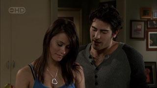 Carmella Cammeniti, Marco Silvani in Neighbours Episode 5405