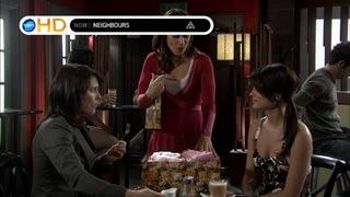Rosie Cammeniti, Rebecca Napier, Carmella Cammeniti in Neighbours Episode 5405