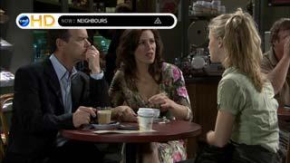 Elle Robinson, Paul Robinson, Rebecca Napier in Neighbours Episode 5406