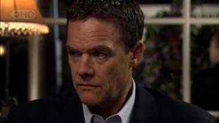 Paul Robinson in Neighbours Episode 5407