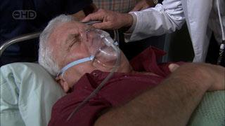 Lou Carpenter in Neighbours Episode 5408