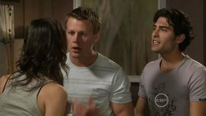 Carmella Cammeniti, Oliver Barnes, Marco Silvani in Neighbours Episode 5413