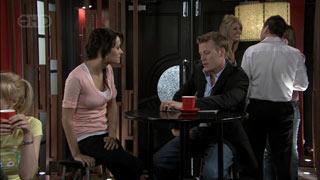 Carmella Cammeniti, Oliver Barnes in Neighbours Episode 5417