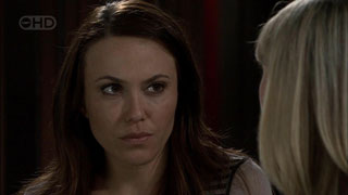 Libby Kennedy, Samantha Fitzgerald in Neighbours Episode 5418