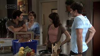 Marco Silvani, Carmella Cammeniti, Rosie Cammeniti, Frazer Yeats in Neighbours Episode 5423