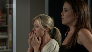Samantha Fitzgerald, Libby Kennedy in Neighbours Episode 5424