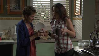 Susan Kennedy, Libby Kennedy in Neighbours Episode 5426