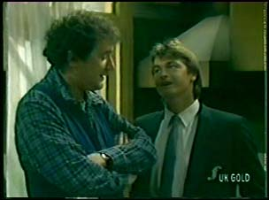 Max Ramsay, Shane Ramsay in Neighbours Episode 0082