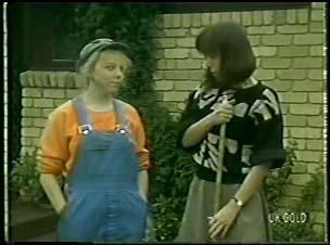 Terry Inglis, Maria Ramsay in Neighbours Episode 0082