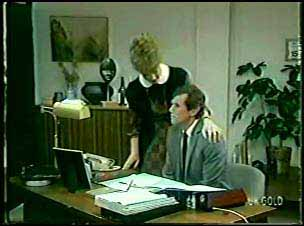 Loretta Martin, Philip Martin in Neighbours Episode 0083