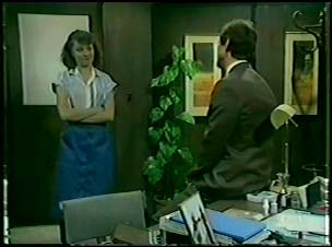 Julie Robinson, Philip Martin in Neighbours Episode 0085